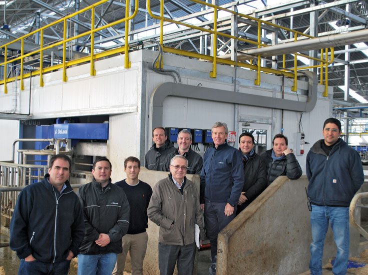Crew with DeLaval VMS unit