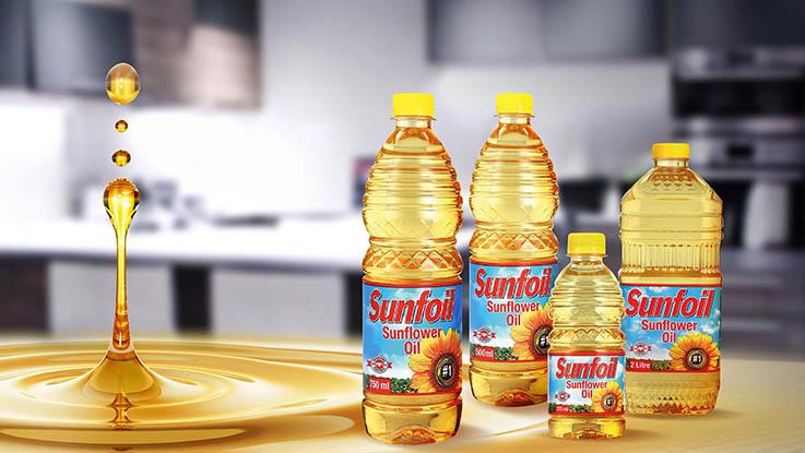 Sunflower oil in PET bottles