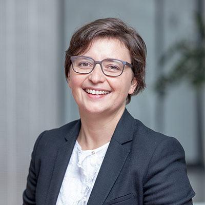 Marina de Barros – Marketing & Communications